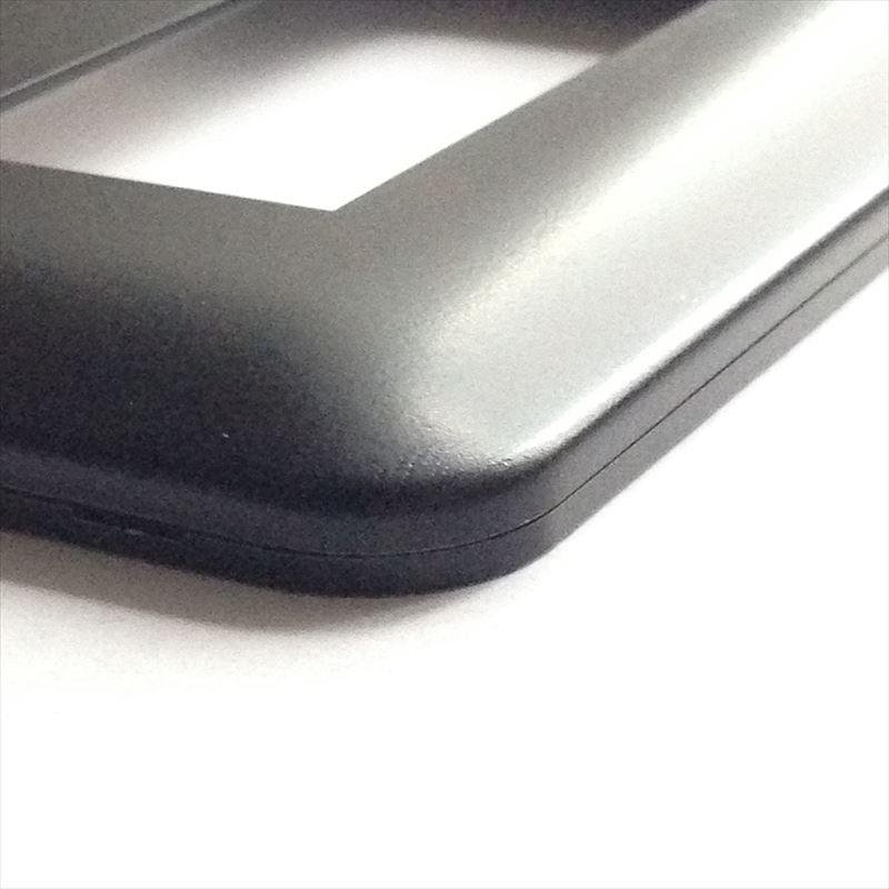 コンセントプレート Pシリーズ 黒 全面塗装